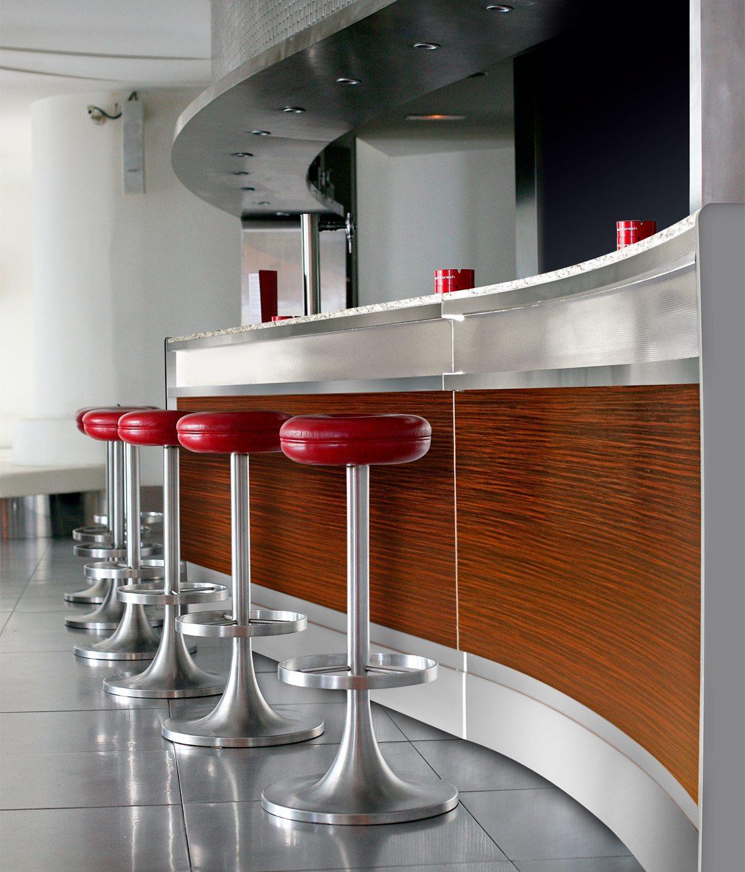 Barra milan coffee depot for Modelos de barras de cocina